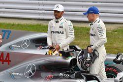 Lewis Hamilton, Mercedes AMG F1 and Valtteri Bottas, Mercedes AMG F1 in parc ferme