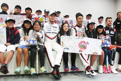 Kazuki Nakajima, Andre Lotterer, Japanese Fan