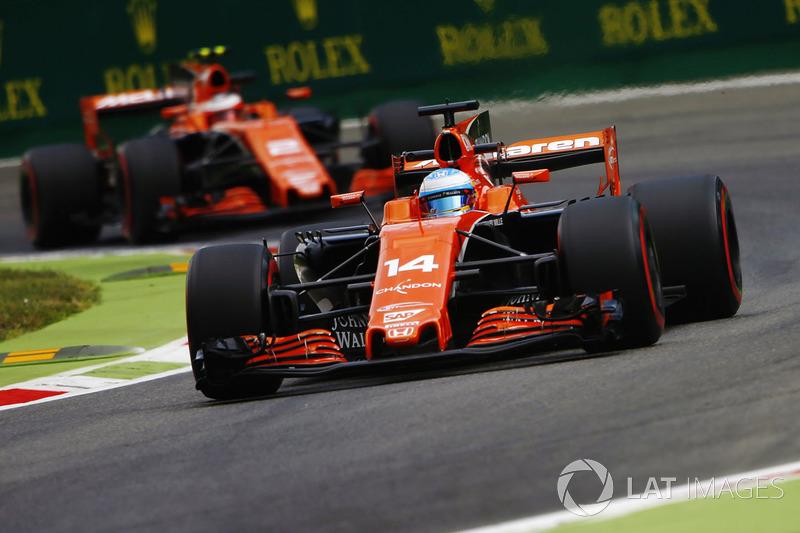 "<h3><img src=""http://cdn-1.motorsport.com/static/custom/car-thumbs/F1_2017/McLaren.png"" alt="""" width=""250"" />McLaren</h3>"