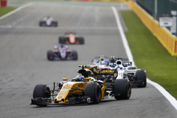 Jolyon Palmer, Renault Sport F1 Team RS17, Felipe Massa, Williams FW4