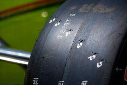 Simon Pagenaud, Team Penske Chevrolet, dettaglio dello pneumatico