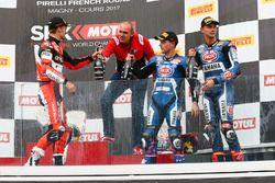 Podyum: Yarış galibi Chaz Davies, Ducati Team, 2. Alex Lowes, Pata Yamaha, 3. Michael van der Mark,
