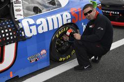 Erik Jones, Joe Gibbs Racing Toyota crew