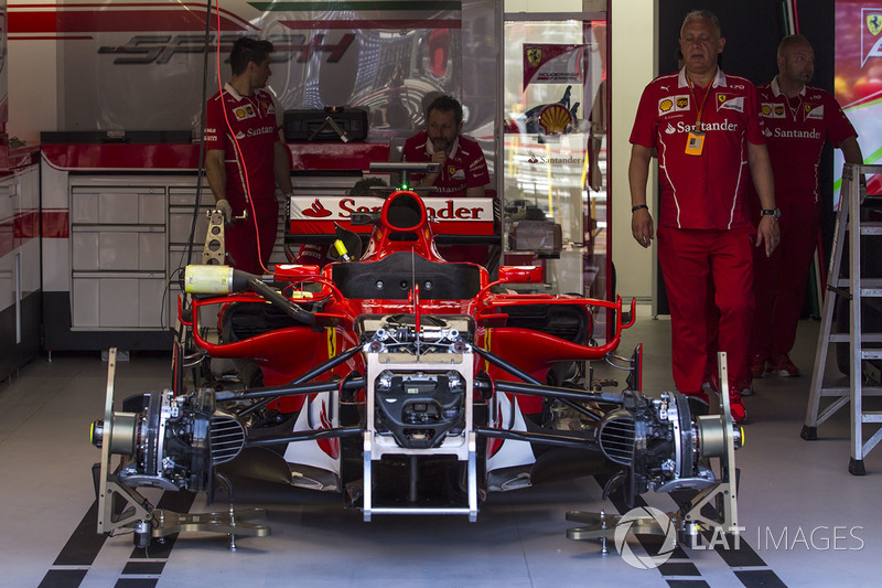 Ferrari SF70-H in the garage