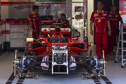 Ferrari SF70-H in der Box