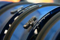Sensor de rueda y neumático