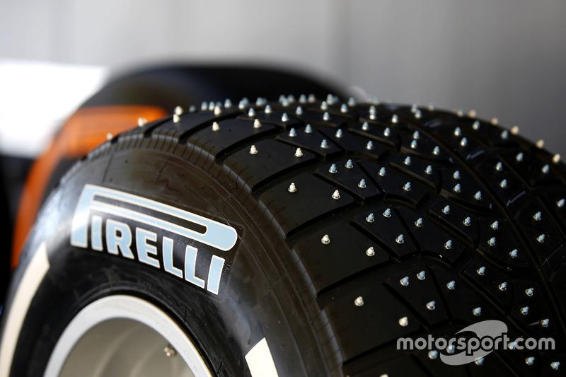Pirelli neumáticos de spike