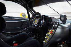 Le cockpit de la Ferrari 488 Challenge