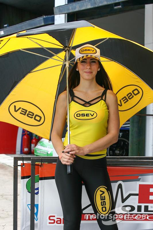 Hot grid girls Argentina AA Racing at La Plata