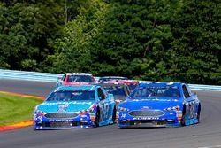 David Ragan, Front Row Motorsports Ford, Aric Almirola, Richard Petty Motorsports Ford
