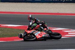 Chaz Davies, Ducati Team, crash