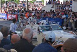 Trio da Porsche também foi bastante ovacionado pela torcida