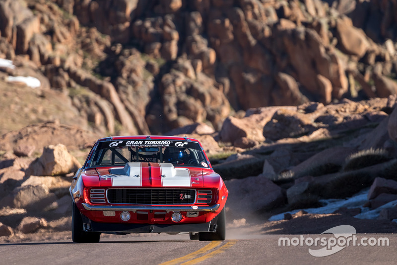 №111 Chevrolet Camaro: Ар-Джей Готтлиб