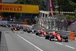 Kimi Raikkonen, Ferrari SF70-H líder al inicio