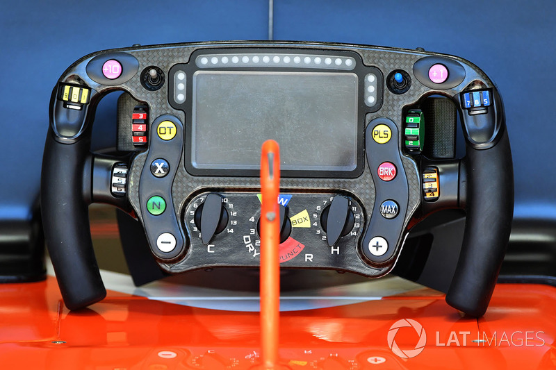 McLaren MCL32 direksiyon