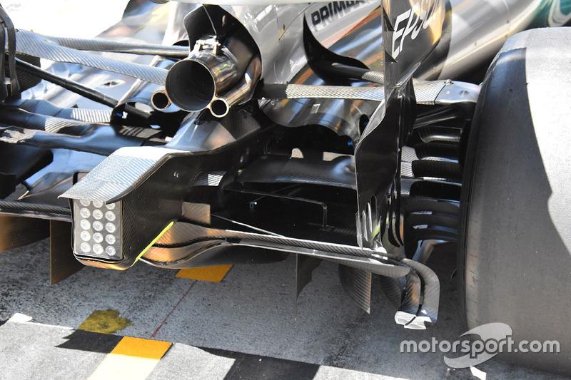 Mercedes AMG F1 W08: Heckpartie mit Auspuff und Diffusor