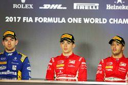 Il vincitore Charles Leclerc, PREMA Powerteam, il secondo classificato Nicholas Latifi, DAMS, il ter