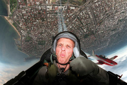Johnny Herbert, Stewart Grand Prix joins the Royal Australian Air Force aerobatic team