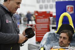 Fernando Alonso montaje de asiento
