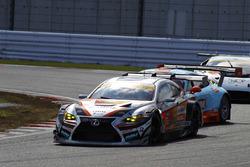 #51 JMS Lmcorsa RC F GT3:中山雄一, 坪井翔