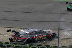 Авария: Роберт Уикенс, Mercedes-AMG Team HWA, Mercedes-AMG C63 DTM