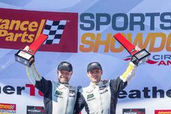 GTLM podio: ganador Antonio Garcia, Jan Magnussen, Corvette Racing