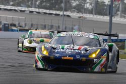 №51 Spirit of Race Ferrari 488 GT3: Питер Манн, Маурицио Медиани, Алессандро Пьергвиди, Давиде Ригон