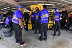 Kyle Busch, Joe Gibbs Racing Toyota crew