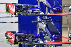 Scuderia Toro Rosso STR12 burun