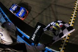 Kyle Busch, Joe Gibbs Racing, Toyota gewinnt