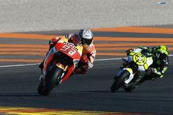 Marc Marquez, Repsol Honda Team; Andrea Iannone, Team Suzuki MotoGP