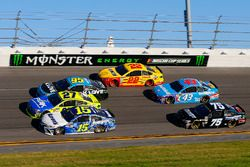 Michael Waltrip, Premium Motorsports Toyota, Paul Menard, Richard Childress Racing Chevrolet, Michae