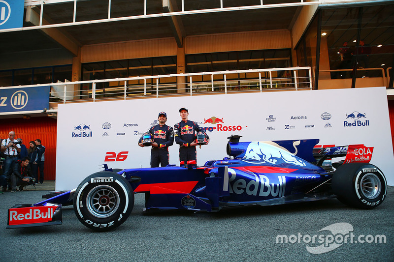 Daniil Kvyat, Carlos Sainz, Scuderia Toro Rosso STR12