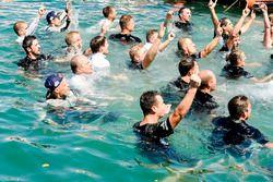 M-Sport celebra en el mar