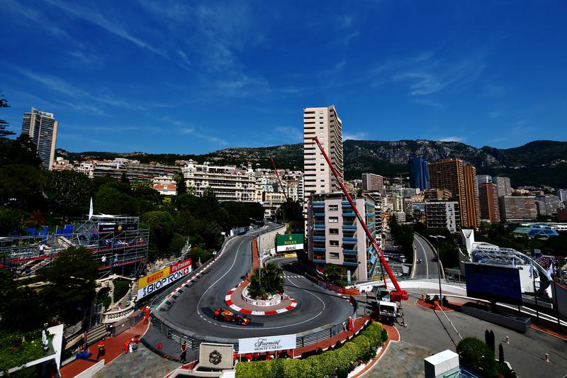 Monte Carlo: Haarnadel am Grand Hotel (ehemals Loews Hotel)