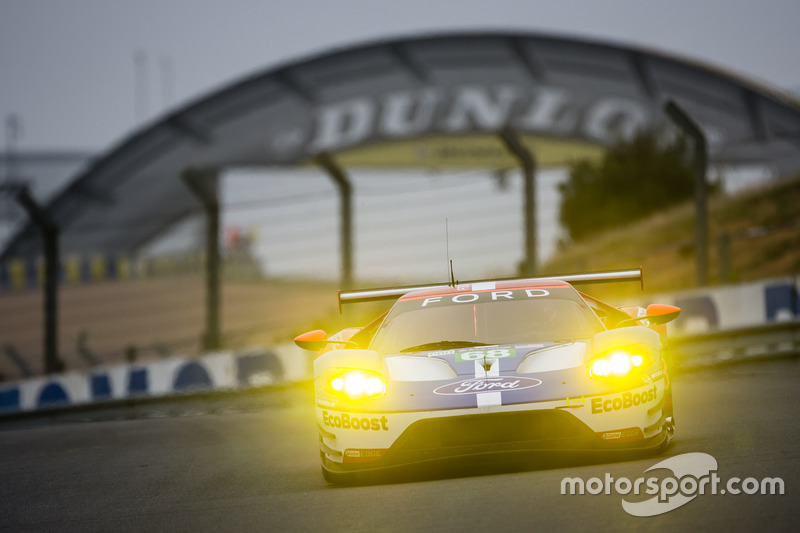 1. LMGTE-Pro: #68 Ford Chip Ganassi Racing, Ford GT
