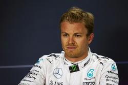 Nico Rosberg, Mercedes AMG F1 en la Conferencia de prensa FIA
