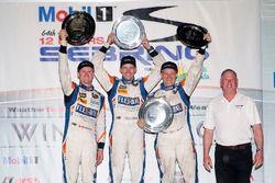 PC Podium: Sieger Jon Bennett, Colin Braun, Mark Wilkins, CORE autosport