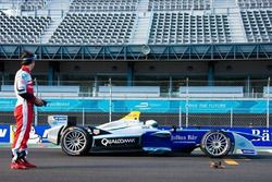 Bruno Senna, Scott Speed, Drone vs Formula E