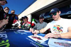 #43 RGR Sport by Morand Ligier JSP2 - Nissan: Ricardo Gonzalez, Filipe Albuquerque, Bruno Senna fir