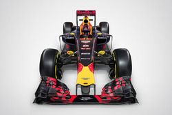 Red Bull Racing RB12 mit Aston Martin - Logo
