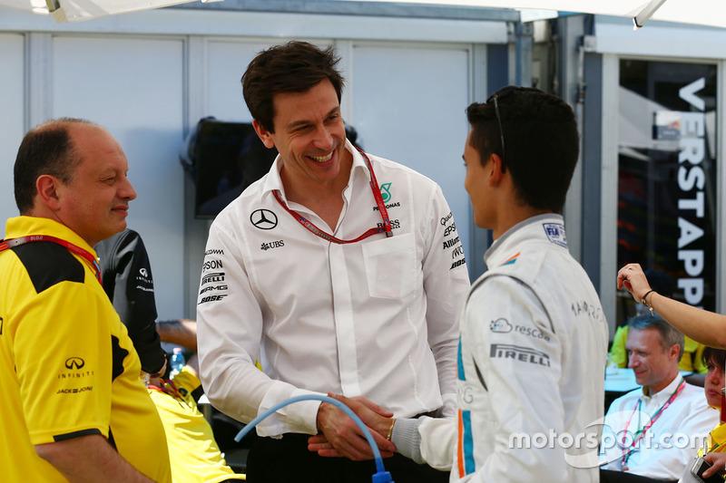 Frederic Vasseur, Renault Sport F1 Team Racing Director, Toto Wolff, Mercedes AMG F1 accionista y Director Ejecutivo y Pascal Wehrlein, Manor Racing