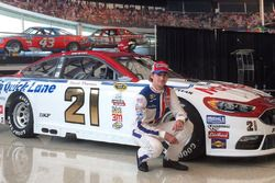 Ryan Blaney, throwback David Pearson paint scheme