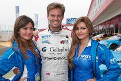 Tom Chilton, Sébastien Loeb Racing, Citroën C-Elysée WTCC, mit den WTCC-Girls