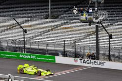 Simon Pagenaud, Team Penske Chevrolet takes the win