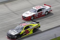Paul Menard, Richard Childress Racing Chevrolet, Joey Logano, Team Penske Ford