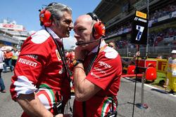 Maurizio Arrivabene, team principal Ferrari sur la grille