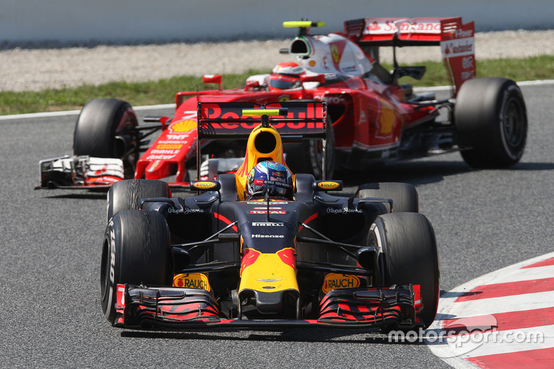 GP d'Espagne: Max Verstappen et Kimi Räikkönen