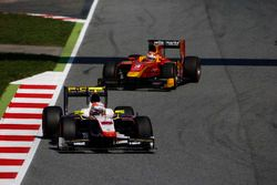 Luca Ghiotto, Trident leads Norman Nato, Racing Engineering