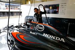 McLaren mechanic at work